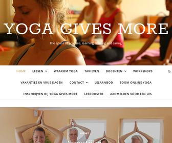 http://www.yogagivesmore.nl
